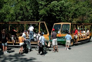 Point Pelee shuttle; Point Pelee, Canada; 3 Sep 2001